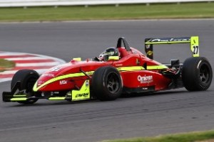 Tristan Cliffe driving the Dallara F302 during the 2012 British F3 Cup season.